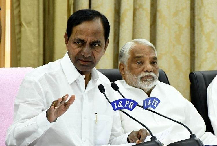 Telangana CM KCR calls Andhra CM Naidu a liar and dirtiest politician in India