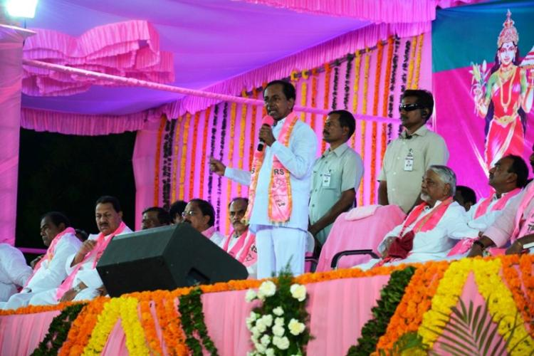 Telangana govt to set up memorial for martyrs of statehood on formation day