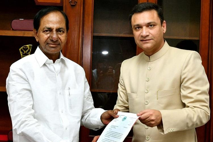 AIMIMs Akbaruddin Owaisi meets KCR seeks expansion of temple in Hyderabad
