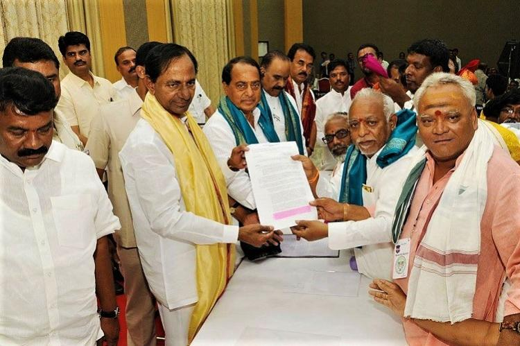 In Telangana priests to now get salaries on par with govt employees