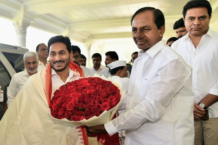 KCR and Jagan hold marathon six-hour meeting discuss national issues