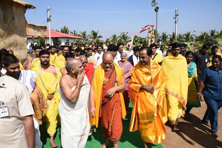 Criticism falling on deaf ears Telangana CM KCR hosts 5-day yagam with 300 priests