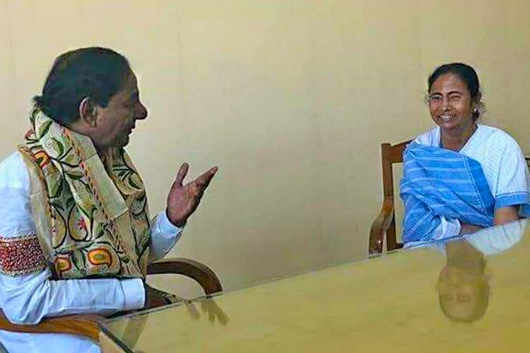 KCR meets Mamata Floats third front with collective federal leadership