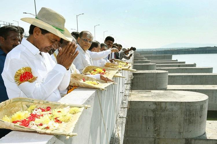 Telangana govt plans to restructure Irrigation dept divide it into 11 circles