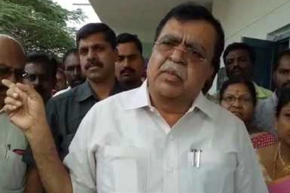Congress like a thieves party no place for honesty Karnataka MLA hits out at his own party