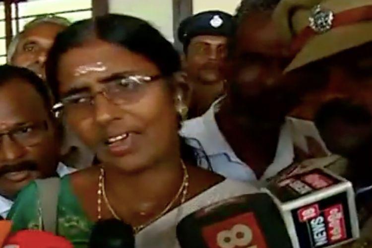 Arrested leader KP Sasikala gets bail says she will visit Sabarimala