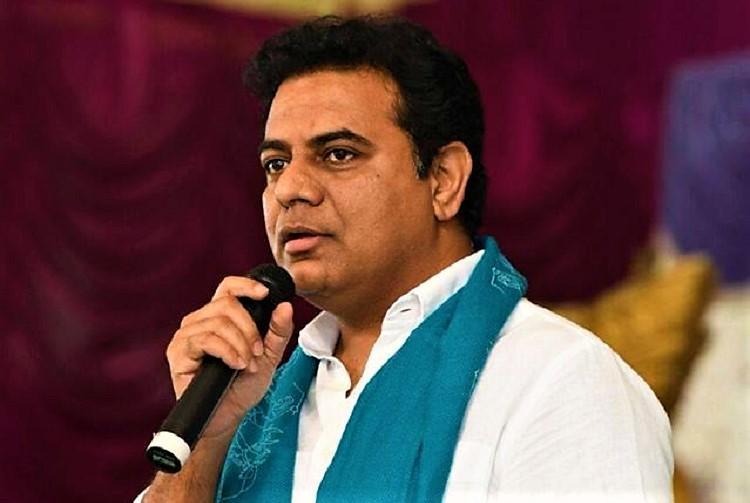 KTR attacks Rahul Gandhi calls late CM YS Rajasekara Reddy Raja of corruption