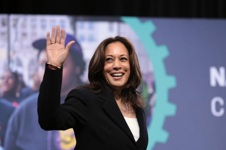 Kamala Harris goes all out in Pennsylvania on final day of campaigning