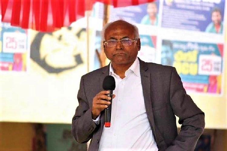 Jostled slippers thrown car attacked Kancha Ilaiah targeted again in Telangana