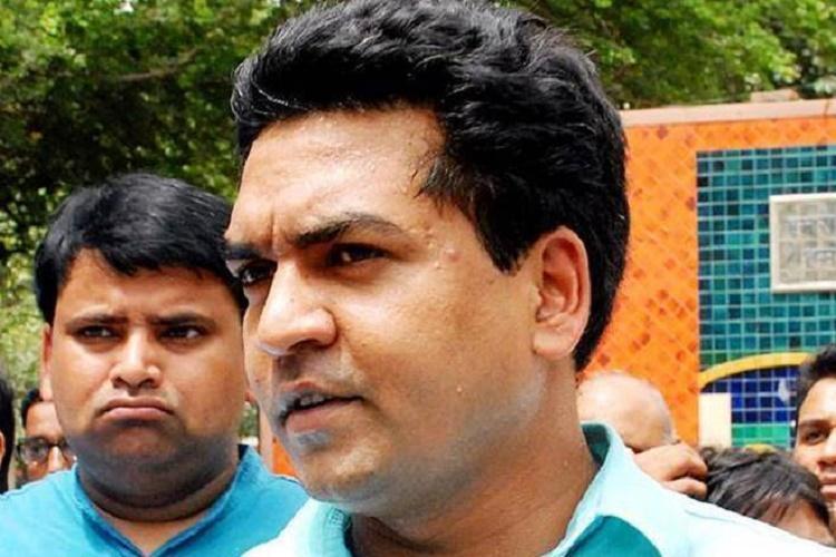 Sacked Delhi minister Kapil Mishra to approach CBI CBDT over corruption claims against AAP