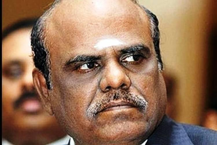 Justice Karnan strikes again bans CJI and 7 judges from leaving country