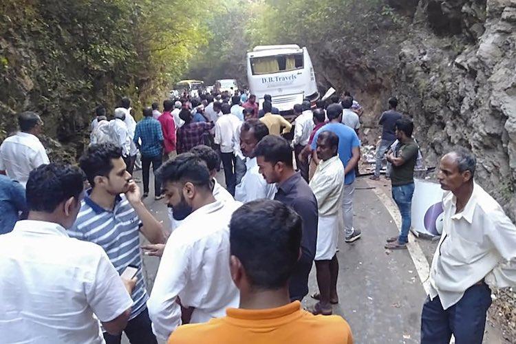 Nine killed as private bus hits massive boulder in Karnatakas Udupi