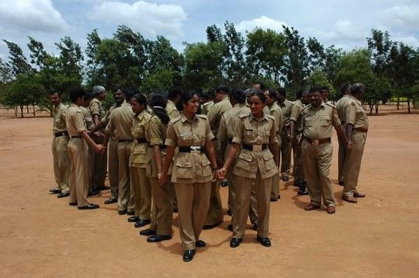 Rebellion in Ktaka police again two relieved for circulating messages on protests