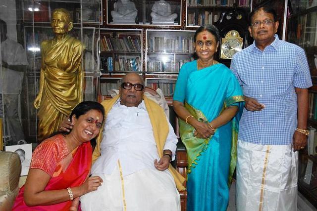 Karunanidhis daughter discharged from 4-year-old criminal intimidation case