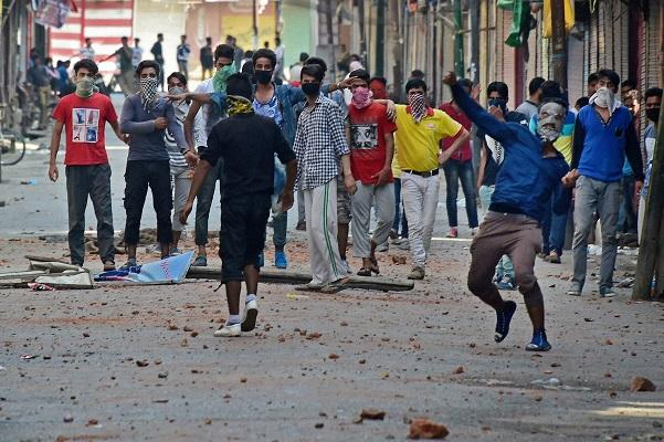 I tried to run away from the reality in Kashmir but failed Diary of a Kashmiri reporter