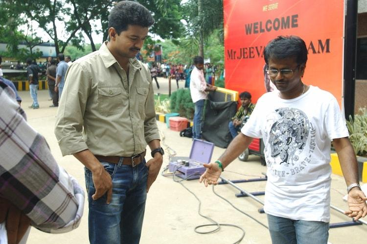 After Thuppakki and Kaththi Vijay-Murugadoss third film to roll from December