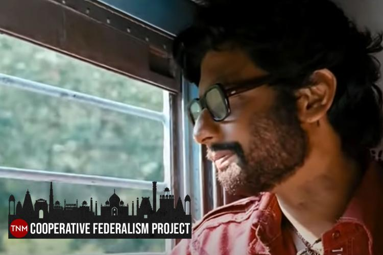 Jiiva looking out of a train in Tamil film Kattradhu Thamizh