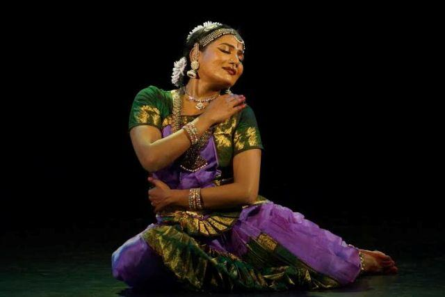 Meet Kavitha Ramu Govt officer by profession Bharatanatyam dancer by passion