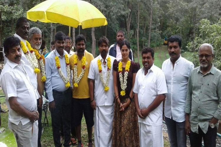 Director Sathya Siva begins work on Kazhugu sequel