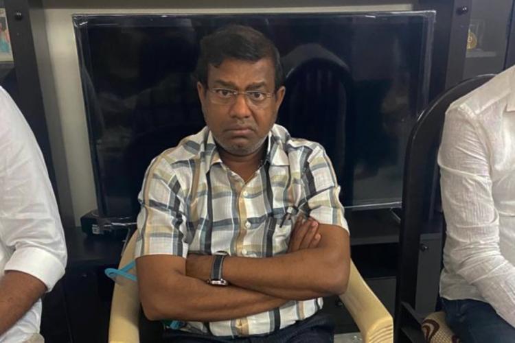 Former Tehsildar Nagaraju at the time of ACB raid on his residence