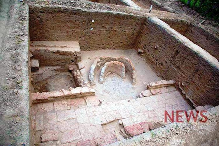 Ancient weighing units found at TNs Keezhadi site hints at possible trading activity