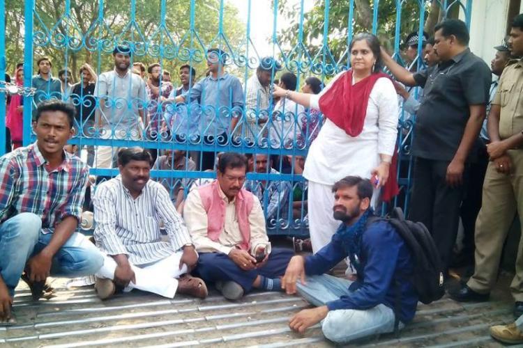 Three Kerala MPs activist Teesta Setalvad denied entry at HCU