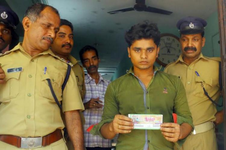 Bengali labourer wins Rs 1 crore Kerala lottery and goes straight to