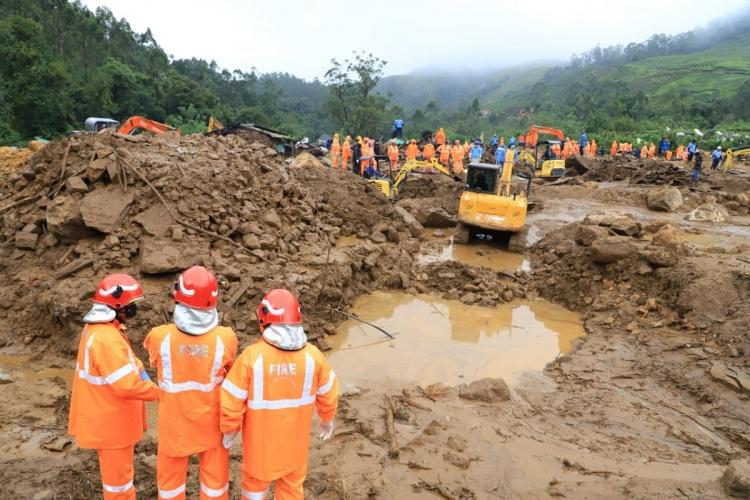 Kerala landslide a former panchayat member Tata Global Beverages known as the Kanan Devan estate lived Forty three dead bodies have been recovered from the Nemakkadu Estate Lines in Pettimudi kerala floods monsoon rain