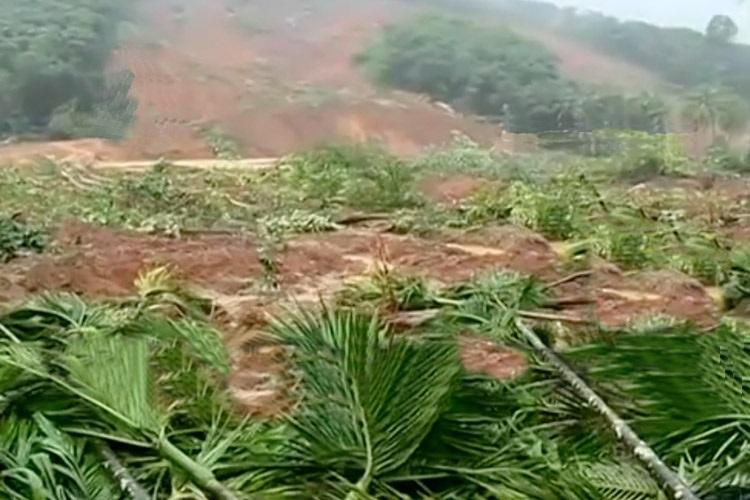 Kerala rains 50 feared trapped in landslide at Malappurams Kavalappara