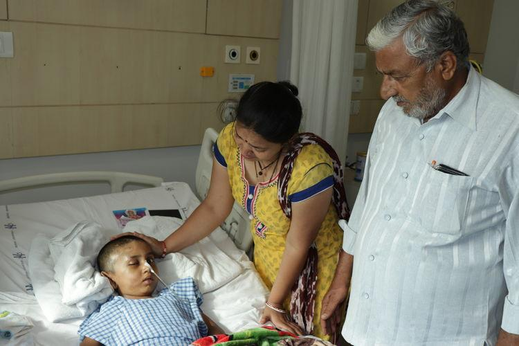 This 6-yr-old was paralysed after an accident and he needs your help urgently