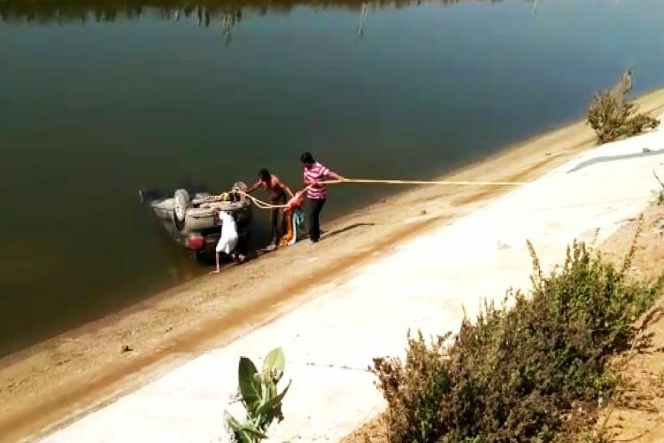 Family of 3 found dead in Karimnagar canal 20 days after going missing