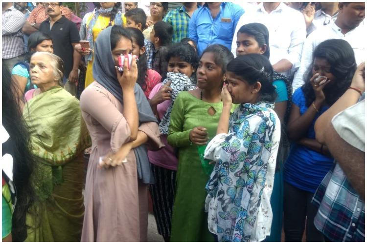 She was a brilliant child Kochi bids tearful adieu to school girl killed by stalker