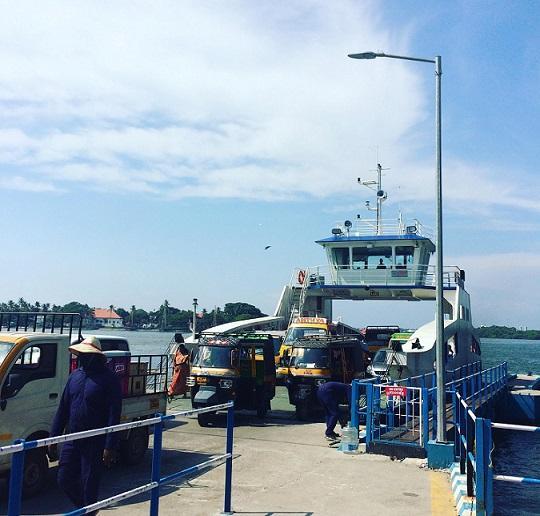 Run ferries full time between Vypeen and Fort Kochi demand passengers