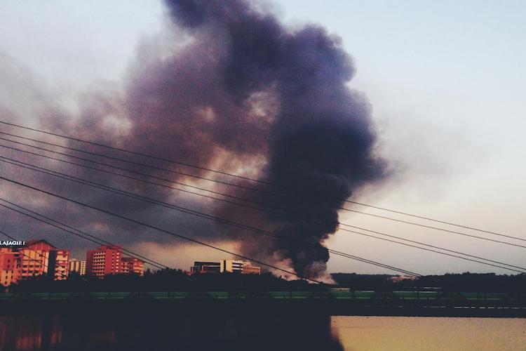 Kochi left breathless as smoke blankets city after Brahmapuram waste plant catches fire