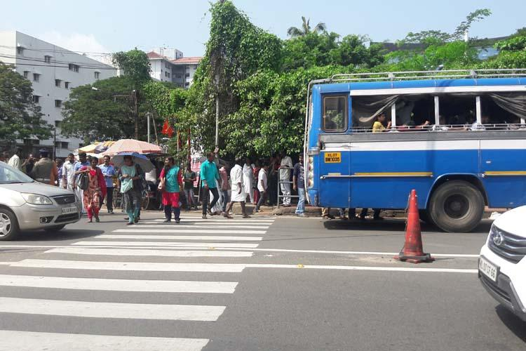 Why residents in these Kochi suburbs find it challenging to depend on public transport