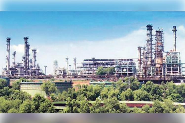 One dead another injured in accident at BPCL petroleum refinery in Kochi
