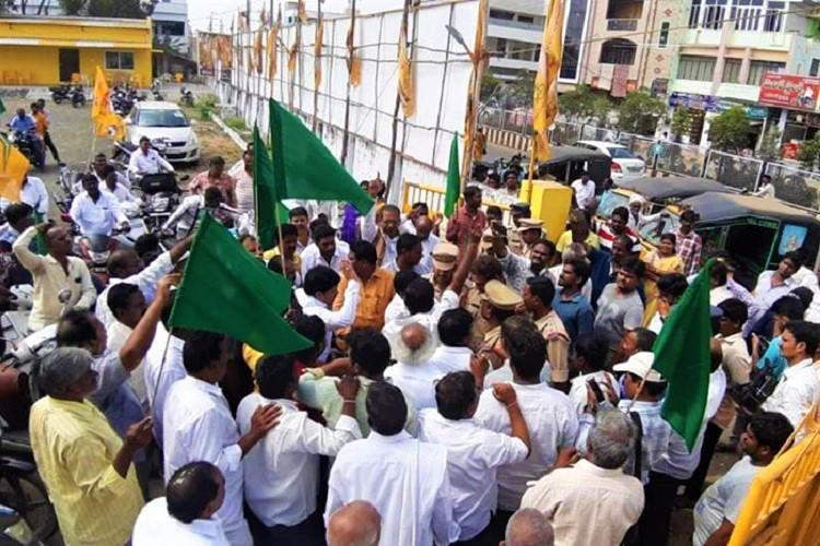 TDP leaders held for protest over Andhra council row in Machilipatnam released later