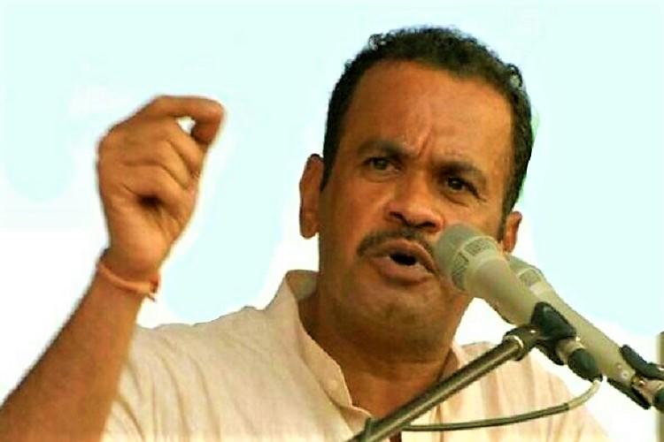Expelled Tgana Cong leader challenges KTR says he will quit politics if Kavitha wins polls