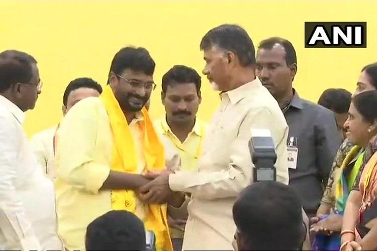 Former Andhra minister Murali Mohan joins TDP CM Naidu welcomes him
