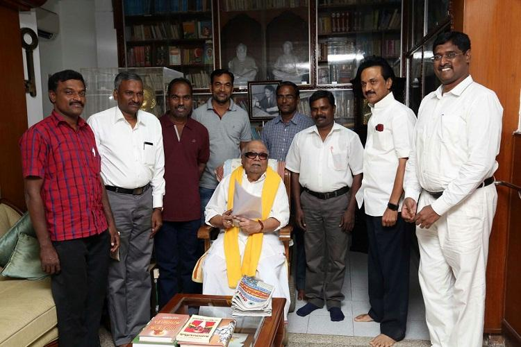Kovan meets Karunanidhi and Stalin thanks them for opposing AIADMK