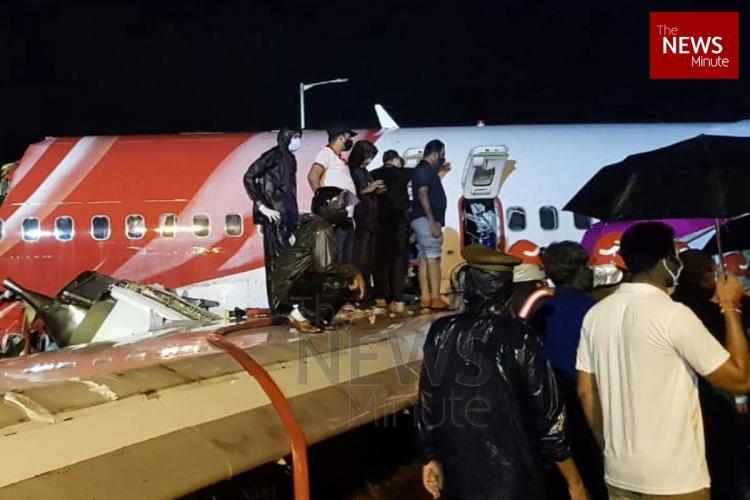 Air India Express plane splits in two at Kozhikodes Karipur airport
