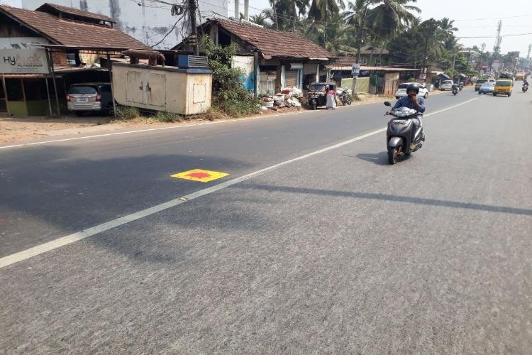 With yellow square and a red blotch Kozhikode cops are marking accident spots in city