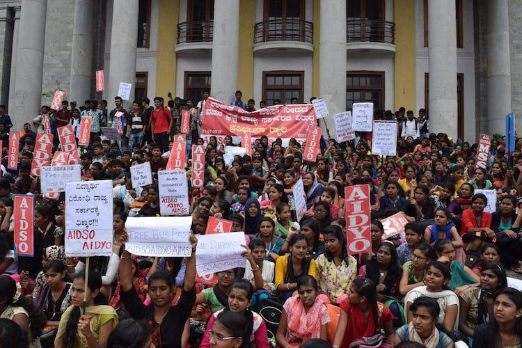 Ktaka students call for bandh over govt delay in issuing concessional bus passes