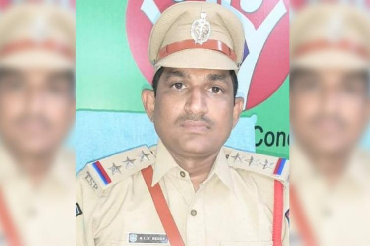 Hyd cop earns praise for taking migrant worker to hospital paying surgery bill