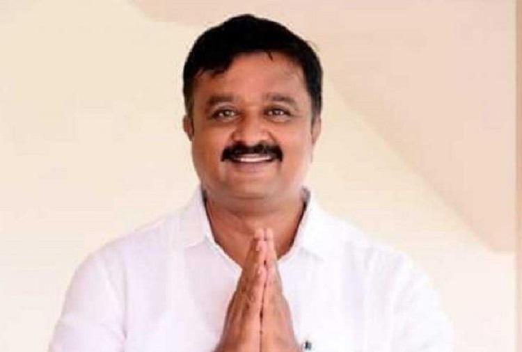 BJP Ramanagara candidate withdraws nomination 2 days ahead of Karnataka bye-polls