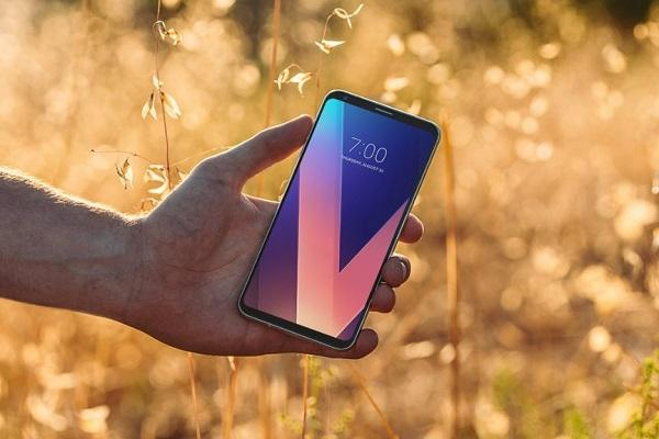 LG launches 6-inch LG V30 its lightest flagship with FullVision Display