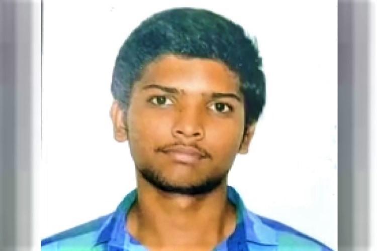 Hyderabad student dies under mysterious circumstances in supermarket kin protest