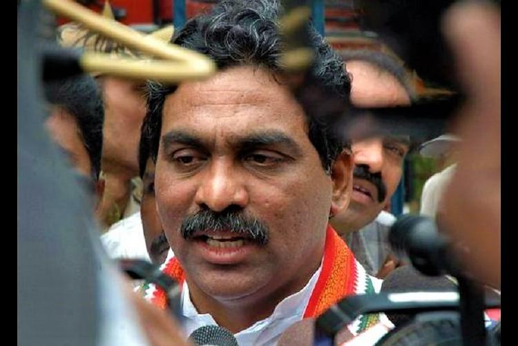 Ex-Andhra MP L Rajagopal tries to stop raid at friends house in chaotic scene