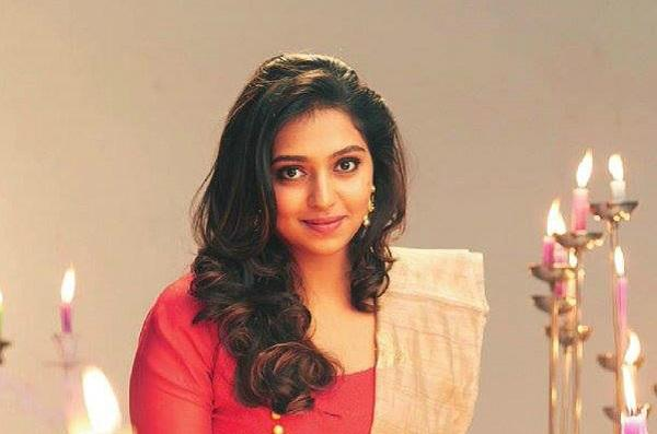 Packed schedule forces actor Lakshmi Menon to quit college