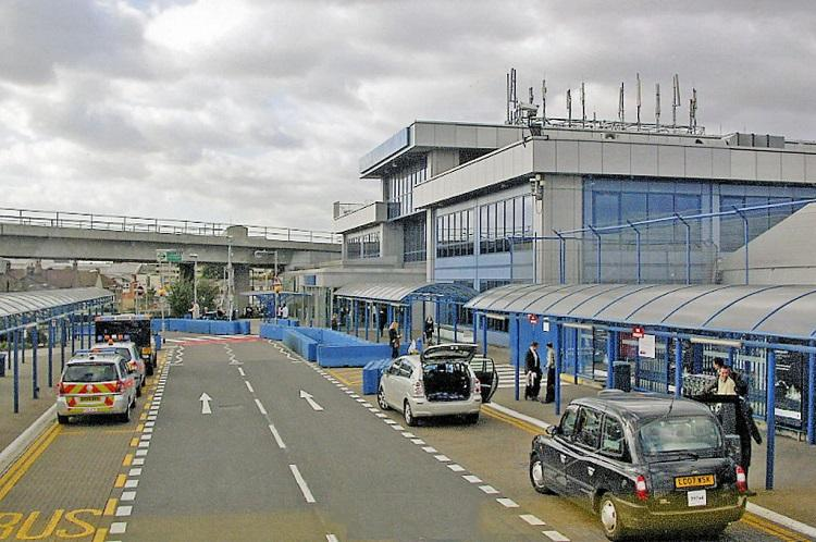 London City airport closed after discovery of World War II bomb